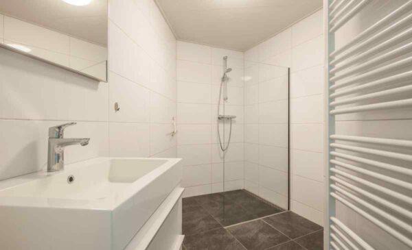 Groepsaccommodatie ZE659 - Nederland - Zeeland - 10 personen - badkamer