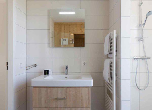 Groepsaccommodatie ZE900 - Nederland - Zeeland - 14 personen - badkamer