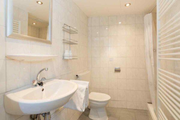 Vakantiehuis ZE984 - Nederland - Zeeland - 4 personen - badkamer