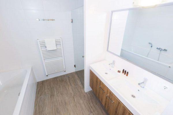 Bungalow 4A - Nederland - Zuid-Holland - 4 personen- badkamer