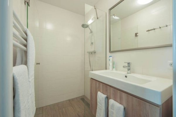Bungalow 4C - Nederland - Zuid-Holland - 4 personen - badkamer