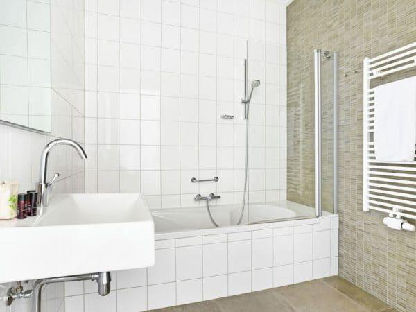 Landal Strand Resort 4L - Nederland - Zeeland - 4 personen - badkamer