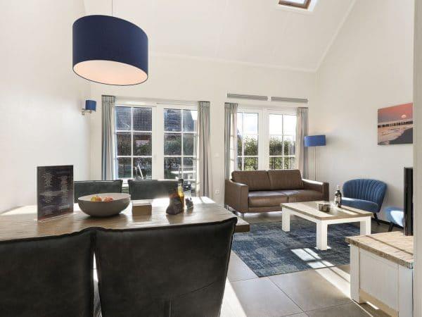 Landal Strand Resort 4L - Nederland - Zeeland - 4 personen - woonkamer