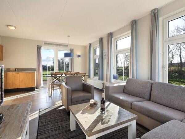 Landal Strand Resort 6C1 - Nederland - Zeeland - 6 personen - woonkamer