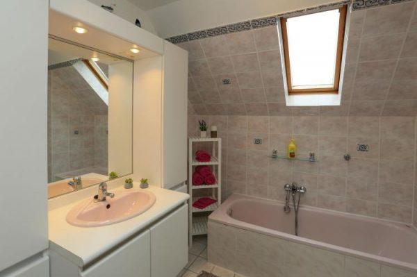 Ten Poele - België - West-Vlaanderen - 8 personen - badkamer