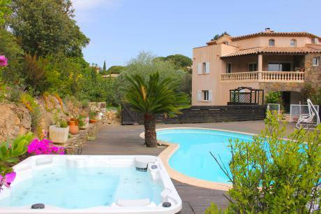 Vue Jardin - Provence-Alpes-Côte d'Azur - Sainte-Maxime - 8 personen